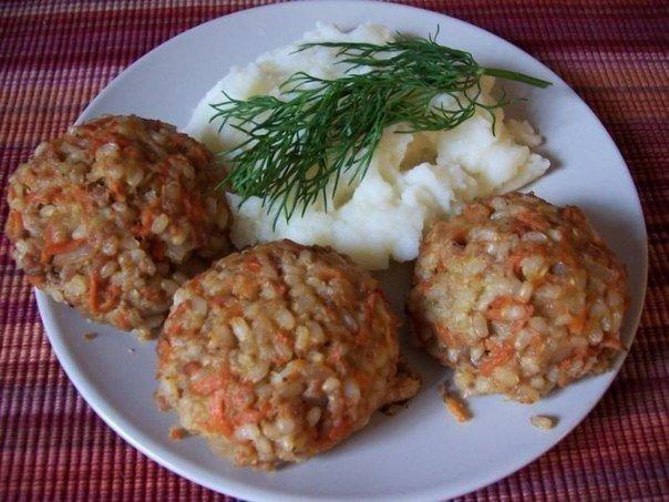 Ежики мясные с рисом в сметанном соусе в духовке рецепт пошагово
